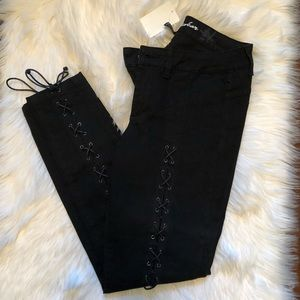 NWT Black Lace-up London Jeans ... size 8